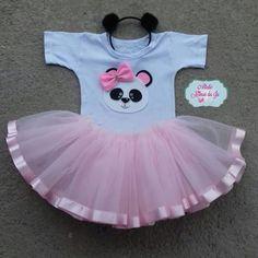 Fantasia contendo: -saia em tule -body personalizado -tiara Panda Themed Party, Panda Birthday Party, Panda Party, Bear Party, 1st Birthday Parties, Girl Birthday, Cute Baby Clothes, Doll Clothes, Panda Outfit
