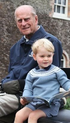 Prince William Family, Prince William And Kate, Prince Charles, English Royal Family, British Royal Families, Hm The Queen, Royal Queen, Prince George Alexander Louis, Prince Phillip