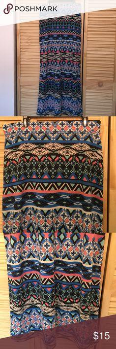 L boho print maxi skirt Never used boho print maxi skirt 36 inches in length size L adjustable waist Isbel Skirts Maxi