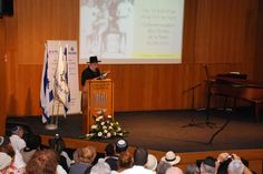 #RavLau speaking at event ow.ly/cgdXS marking 70 Years since the roundup of French Jewry at #Veld'Hiv