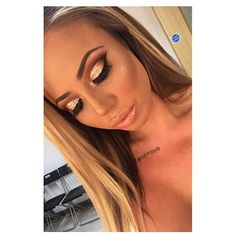 No filter needed 😱😍 INCREDIBLE makeup by @karinarosebelfield @dollicious_ thank you so much! 💅🏼 Newcastle based girls get booked in!💋