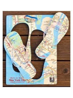 454ce33d0fc657 Walk On Map NYC map Flip Flops Map Design