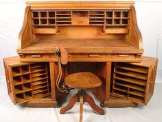 d2a8e447b8d7792c80ccecf18b016a4e--antique-desk-antique-furniture.jpg (736×552)
