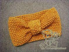 Knitted headband pattern for women