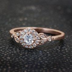 d16c47eb21e2 Valentines SALE Leaf Engagement Ring 18K by SillyShinyDiamonds Cosas De  Novio