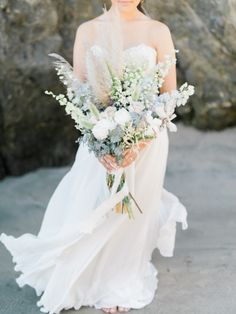 A bouquet of gorgeousness: http://www.stylemepretty.com/california-weddings/malibu/2015/06/19/elegant-california-coast-inspiration-shoot/ | Photography: Honey Honey - http://www.hoooney.com/
