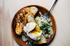 Five, four, three, two, one—blastoff to breakfast! These recipes are delicious and insanely easy to make. In fact, each of them takes only five minutes.
