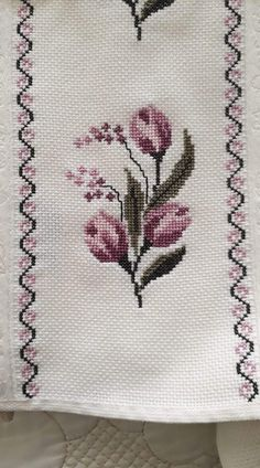 Cross Stitch Designs, Cross Stitch Patterns, Baby Knitting Patterns, Doilies, Diy And Crafts, Floral, Flowers, Anime, Embroidered Towels