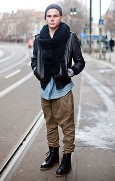 Anonymous, Photographed in Berlin - Click Photo To See More