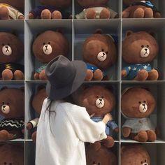 ulzzang couple icons 🥀 [girl] discovered by . Mode Ulzzang, Ulzzang Korean Girl, Cute Korean Girl, Asian Girl, Kfashion Ulzzang, Brown Aesthetic, Korean Aesthetic, Aesthetic Girl, Aesthetic Memes