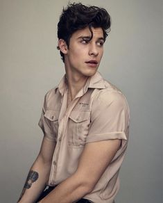 HQ photos of Shawn for Observer Magazine 💫 Shawn Mendes Foto Shawn Mendes, Shawn Mendes Imagines, Shawn Mendes Tumblr, Shawn Mendes Hair, Shawn Mendes Photoshoot, Shawn Mendes Magcon, Shawn Mendes Cute, Fangirl, Shawn Mendes Wallpaper