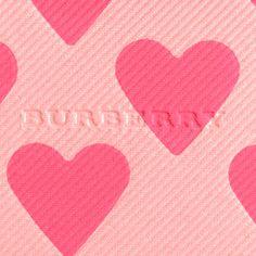 Burberry First Love, fard à joues surligneur Review Photos, Nuances