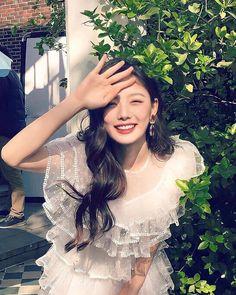 Kim You Jung, Beautiful Actresses, Korean Drama, Glamour, Kpop, Artists, Girls, Fashion, Toddler Girls