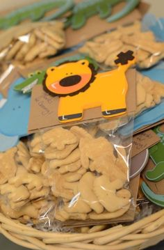 animal crackers baby shower favors. jungle or safari theme.  baby, Baby shower invitation
