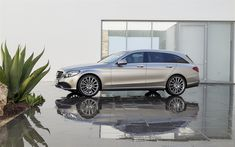 Download wallpapers Mercedes-Benz C-Class, 2018, Facelifted, 4k, exterior, side view, wagon, silver C-Class, German cars, Mercedes