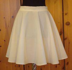 emmilly / Kruhová maslová sukňa Skater Skirt, Skirts, Fashion, Moda, Fashion Styles, Skater Skirts, Skirt, Fashion Illustrations