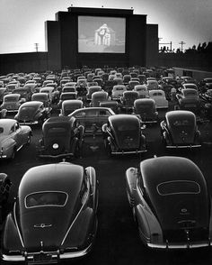 Drive-In Theater at San Fransisco by Allan Grant.I miss the drive-in movie theater that used to be near our home. Drive In Movie Theater, Movie Drive In, Drive In Cinema, Photo Vintage, San Fransisco, The Good Old Days, Plein Air, Vintage Photography, Retro Vintage
