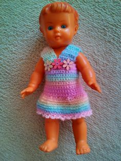 Háčkované šaty pro panenku