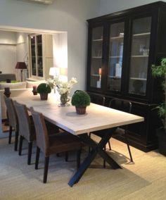 Table Carrée Avec Pieds En Métal Brut | Tables En Ancien Bois Du0027échafaudage  | Pinterest | Tables, Salons And Square Tables