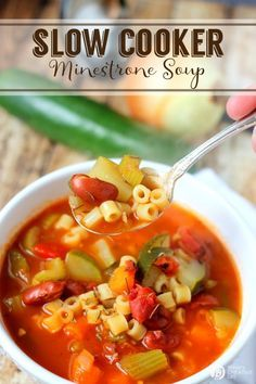 Slow Cooker Minestrone Soup | Crock Pot Soup Recipes are the perfect fall and winter meal. Hearty & delicious! Find the recipe and more slow cooker meals on TodaysCreativeLife.com