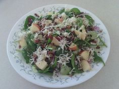 Spinach Apple Salad with Bacon and Cheddar