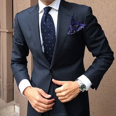 10 Common Men's Style Mistakes to Avoid Business Outfits, Business Attire, Business Fashion, Look Formal, Men Formal, Mens Fashion Suits, Mens Suits, Suit Men, Traje Slim Fit
