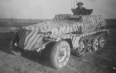 A SdKfz 253 forward artillery observation halftrack with a striped camo scheme over it's standard grey issue paint. Ww2 Pictures, Ww2 Photos, Germany Ww2, Armored Fighting Vehicle, Military Modelling, Ww2 Tanks, World Of Tanks, German Army, Panzer