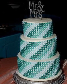 M wedding cake - just think of the color/pattern possibilities!