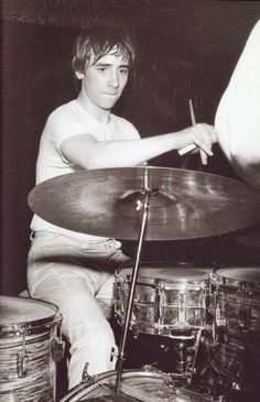 modrules: A Young Keith Moon on drums Steve Gadd, Sheila E, Phil Collins, Music Pics, Pop Music, Great Bands, Cool Bands, Jimi Hendrix Poster, John Entwistle