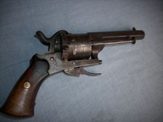 *CIVIL WAR PINFIRE PISTOL~from Gettysburg Battlefield. Invented in 1828 by a Frenchman by the name of Casimir Lefaucheux, it was one of the earliest practical designs of a metallic cartridge. The pinfire history is closely associated with the development of the breech-loader which replaced older muzzle loading weapons.