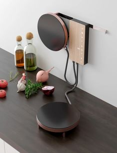 Adriano Design goes way out of the Ordine-ary with this wall-mounted induction cooktop, a piece they developed for Italian kitchen hood and range manufacturer Fabita. An elegant, modern aesthetic and space-saving installation technique make Ordine a st Yanko Design, Küchen Design, Home Design, Interior Design, Interior Architecture, Smart Design, Kitchen Tops, Kitchen Appliances, Kitchen Ideas