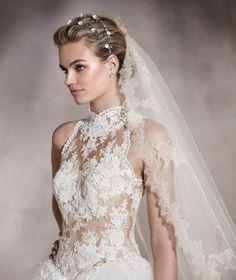 Almeria - Vestido de novia con detalles en guipur, bordado y pedrería