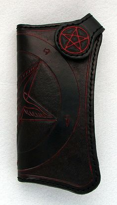 Baphomet Wallet. Awesome.