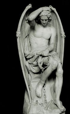 Statue en marbre de Lucifer (par Guillaume Geefs) à la cathédrale Saint-Paul de Liège (Belgique)