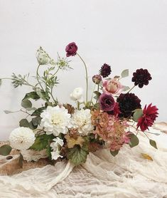 Six hot trends in weddings and receptions 2019 free form floral arrangement The post Six hot trends in weddings and receptions 2019 appeared first on Floral Decor. Table Flower Arrangements, Wedding Arrangements, Flower Centerpieces, Wedding Centerpieces, Wedding Decorations, Centerpiece Ideas, Wedding Table Flowers, Floral Wedding, Wedding Tables