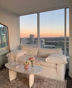Apartment View, Apartment Goals, Dream Apartment, York Apartment, Retro Apartment, Dream Home Design, My Dream Home, Dream Life, Appartement New York