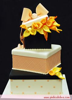 Call Lilies Gift Box Wedding Cake by Pink Cake Box