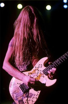 I LOVE THIS MAN! Jerry Cantrell