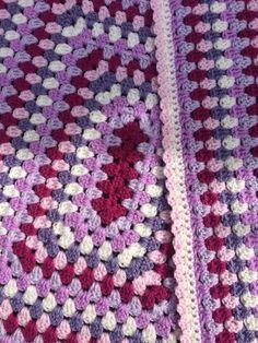 Rectangle Granny | The Crochet Swirl Gilet Crochet, Crochet Vest Pattern, Granny Square Crochet Pattern, Afghan Crochet Patterns, Crochet Squares, Crochet Geek, Crochet Granny, Crochet Stitches, Knit Crochet