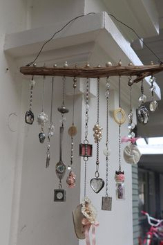 Online class Soldering 101 Bohemian Illumination-soldering for newbies Online workshop - DIY Jewelry Simple Ideen Beach Crafts, Diy And Crafts, Summer Crafts, Yard Art Crafts, Decoration Crafts, Carillons Diy, Sell Diy, Diy Wind Chimes, Seashell Wind Chimes