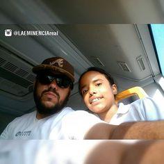 (Sigueme en Instagram/LAEMINENCIAreal Ella @alelimusica me dice: -Papá y la barba hasta cuando? Yo le digo -No se #LaEminencia #MusicaComputarizada arrancó #musica #Producers #papa #tw #fb
