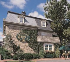 The Golden Plough Inn is situated among 42 landscaped acres within the quaint shopping experience, Peddler's Village. With 70 unique rooms, this luxurious inn offers a relaxing retreat atmosphere among 70 specialty shops and six restaurants.