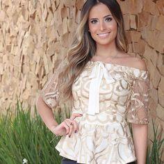 Blusa tule bordado!!!! LINDA!!!  quero todas as cores #vemserunicas #amounicas #top #renda #romântico #ombroaombro #trend #summer #delicada #peplum #loveit #lookdodia #fashionstyle