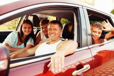 Tudo o que você precisa saber para alugar um carro em Orlando. Dicas incríveis, melhores empresas, como alugar um bom carro por um ótimo preço e várias outras dicas que vã ajudar bastante.