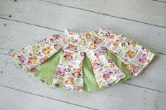 Free little girl's pleated skirt pattern with video tutorial.