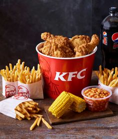 Halal KFC next to Hyde Park (playground side) 44 Notting Hill Gate, Nottinghill Gate Kfc Chicken Recipe, Fried Chicken, Chicken Recipes, Sleepover Food, Food Goals, Burger, Aesthetic Food, C'est Bon, Food Cravings