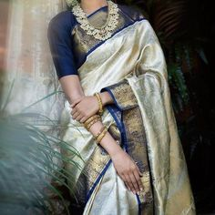 Indian Wear, Indian Style, Indian Ethnic, Pink Bridal Lehenga, Bridal Sarees South Indian, Indian Outfits, Indian Clothes, Latest Silk Sarees, Saree Jewellery