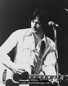 Photo of Gene Clark by Chris Walter , reference; c24004a,www.photofeatures.com
