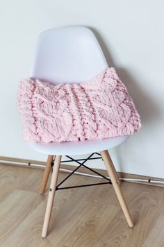Handmade Baby Blankets, Knitted Baby Blankets, Baby Girl Blankets, Baby Blanket Crochet, Finger Knitting Blankets, Baby Knitting, Cute Birthday Gift, Birthday Gifts For Girls, Cute Blankets
