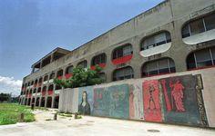 Principais Obras de Oscar Niemeyer - No Brasil e No Exterior - CIEP, ESCOLA no RIO de JANEIRO